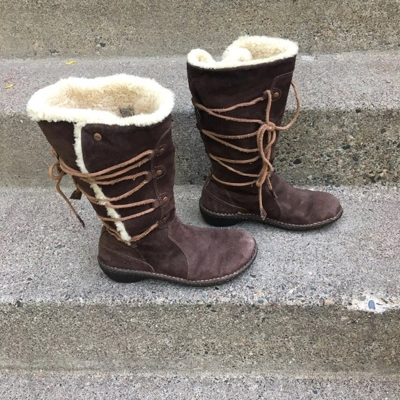 0c7f2a9bc8f UGG 5158 Surfcat Shearling Women Boots 8